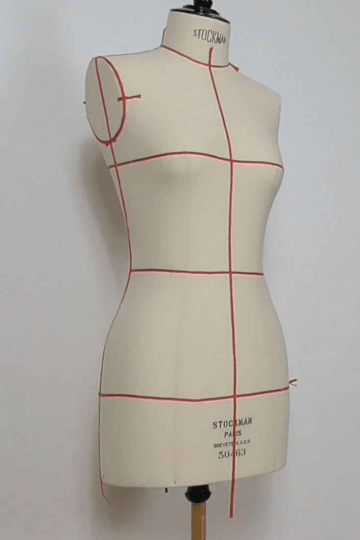 caae4a07b0cd Put the draping tape on the dress stand. Essential step for any type of  draping. This stage allows you to see each line of the body and to  understand the ...